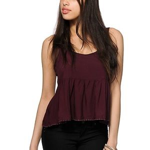Empyre Crop Crochet Tank Berry M